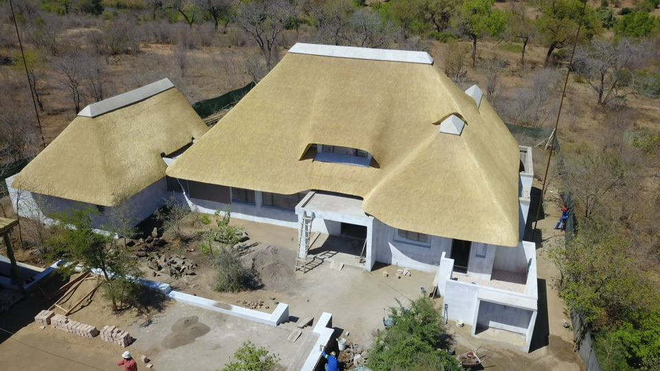Mhisi Lodge